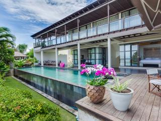 4 Bedrooms Luxury Villa Spectacular View - Jimbaran vacation rentals