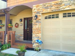 Nice Townhouse with Internet Access and A/C - Asheville vacation rentals