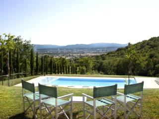 Beautiful 9 bedroom House in Sansepolcro with Internet Access - Sansepolcro vacation rentals