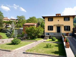 Nice Villa with Internet Access and Tennis Court - San Godenzo vacation rentals