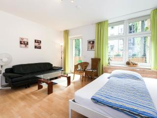 3-Rooms Apartment B1 - Berlin vacation rentals