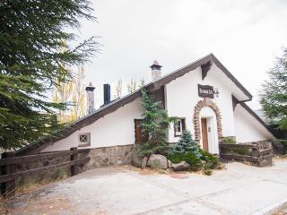 Villa Exclusiva SnowPatch 4 dormitorios - Sierra Nevada vacation rentals