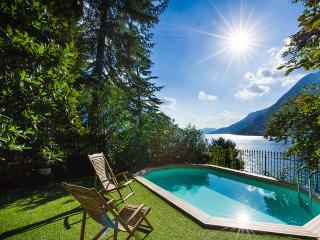 VILLA CHARME - 4BR Villetta with Lake view - Pognana Lario vacation rentals