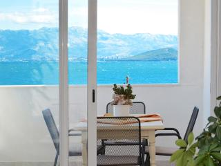 Petra Arbanija sea view apartment, near TROGIR - Arbanija vacation rentals