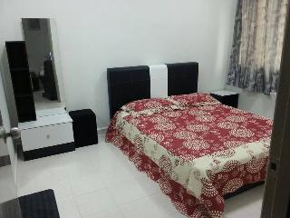 Homestay AZM Guesthouse Kuala Lumpur with internet - Ampang vacation rentals