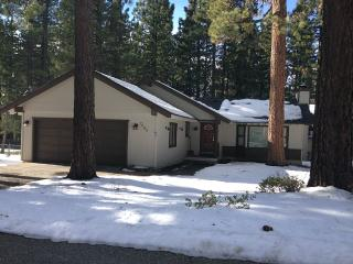 Black Bear Chalet -  Reserve Your Winter Vacation! - South Lake Tahoe vacation rentals