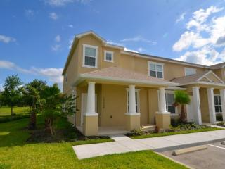 Modern & stylish 3 bedroom home with splash pool - Clermont vacation rentals