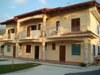 Bed & Breakfast Mare & Luna - Fiumefreddo Bruzio vacation rentals