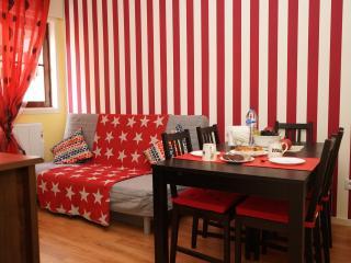 Apartments D. Luiz I Bridge Garden by AS Rent - Vila Nova de Gaia vacation rentals