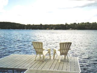 """Golden Getaway""- There's No Place You'd Rather Be - Baysville vacation rentals"