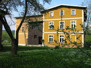 Domstolat, space and comfort for relaxation - Janowice Wielkie vacation rentals
