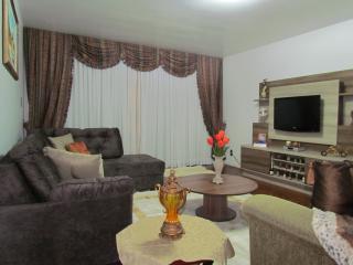 Apartamento a 50 metros da rua Coberta - Gramado vacation rentals