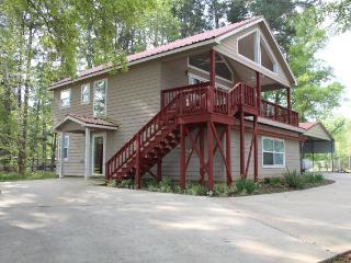 Fisherman's Dream on 6 Mile Bayou - Hemphill vacation rentals