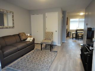 Beaverton Charm and Elegance; Centrally Located - Beaverton vacation rentals