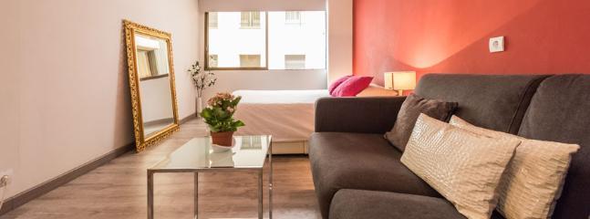 Estudio MOORE - Madrid vacation rentals