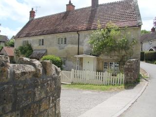 Three Bedroom 17th Century Farm Cottage - Tisbury vacation rentals