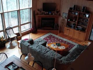 BERKSHIRES RETREAT-LARGE 6+ BR HOME W/ AMENITIES - Otis vacation rentals