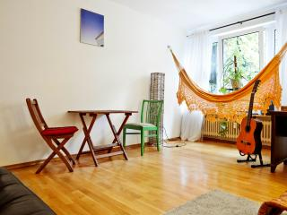 Clean&quiet flat 2Rooms/Wifi/Balcony - Munich vacation rentals