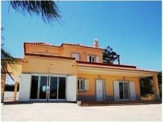 CASA LUZ Family Villa with Pool, Village Setting - Tavira vacation rentals