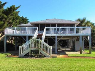 "3602 Yacht Club Rd - ""Sound Decision"" - Edisto Beach vacation rentals"