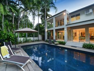 Indirah on the Beach - Port Douglas vacation rentals