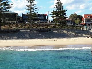 WATERFRONT Groupstay Port Noarlunga - Port Noarlunga vacation rentals