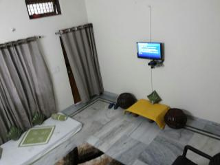 Wow Rooms Home Stays - Jabalpur vacation rentals