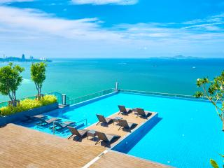W TOWER,luxury beachfront 2 bedrooms - Pattaya vacation rentals