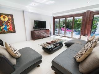Villa Drupadi 2 & 3 bedrooms family villa seminyak - Seminyak vacation rentals