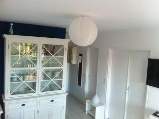 NICE FLAT  50M FROM BEACH AND NEAR CENTER - Cabourg vacation rentals