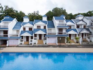 Homeagain 2 bhk Pool Facing Villa setup D-2 - Siolim vacation rentals