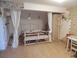 APP.1- love nest for two with a green oasis - Brodarica vacation rentals