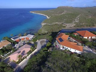 On the edge of a cliff with a stunning ocean view - Soto vacation rentals
