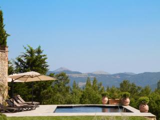 Stunning Casa Padronale with sweeping views - Citta di Castello vacation rentals