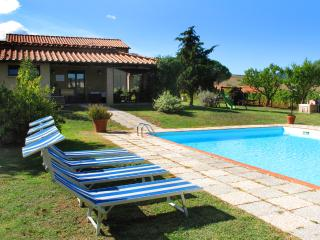 AGRITURISMO LE SELVOLE - Pomarance vacation rentals