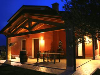 Nice Bed and Breakfast with Internet Access and A/C - Santa Lucia di Piave vacation rentals