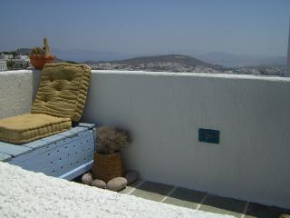 Beautiful 1 bedroom Apartment in Milos with A/C - Milos vacation rentals