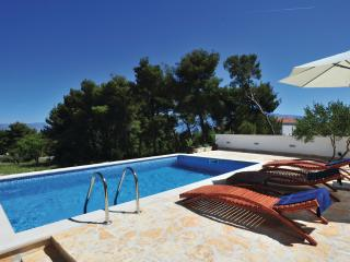 Lovely villa Toni for 8 people - Sutivan vacation rentals
