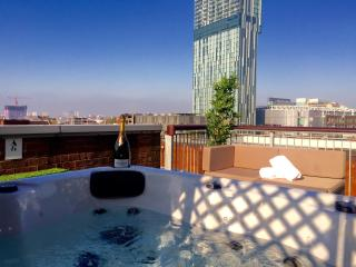 Roof top apartment with hot tub - Manchester vacation rentals
