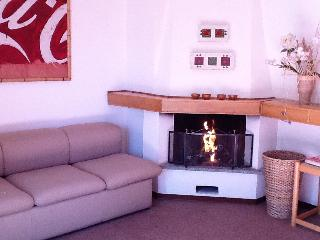 Lovely studio apt with fireplace in Gressoney S.J. - Gressoney Saint Jean vacation rentals
