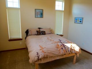 Two Bedrooms on Badger Mountain - Richland vacation rentals