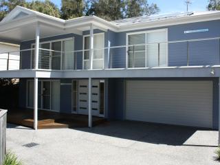 Cerulean Blue holiday house at Blueys Beach - Blueys Beach vacation rentals