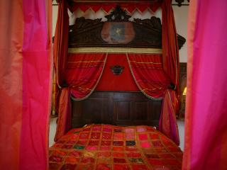 1 bedroom Bed and Breakfast with Internet Access in Durtal - Durtal vacation rentals