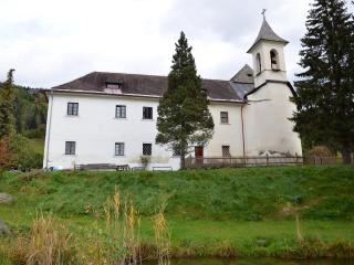 Schloss Berg Klösterle M - entire first floor - Gnesau vacation rentals