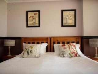 Oakelands Studio Apartments - Studio 167 - Pretoria vacation rentals