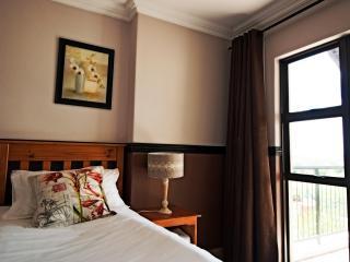 Oakelands Studio Apartments - Studio 80 - Pretoria vacation rentals