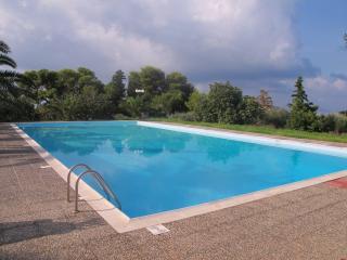 2630-Kokkino Kastro Estate - Aegina - Aegina Town vacation rentals
