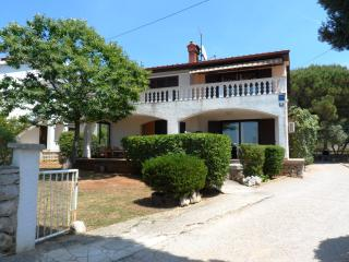 Ideal Holiday Home - Apartment ground floor - Punat vacation rentals