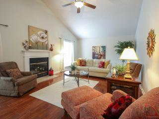 Very Lovely 3 Bedroom Home Minutes to Nashvil - Nashville vacation rentals