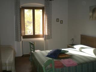 Nice Guest house with Long Term Rentals Allowed (over 1 Month) and Television - Fiesole vacation rentals